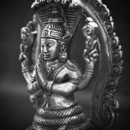 Darshana: una visión del Universo. Historia del Yoga y sus Filosofías