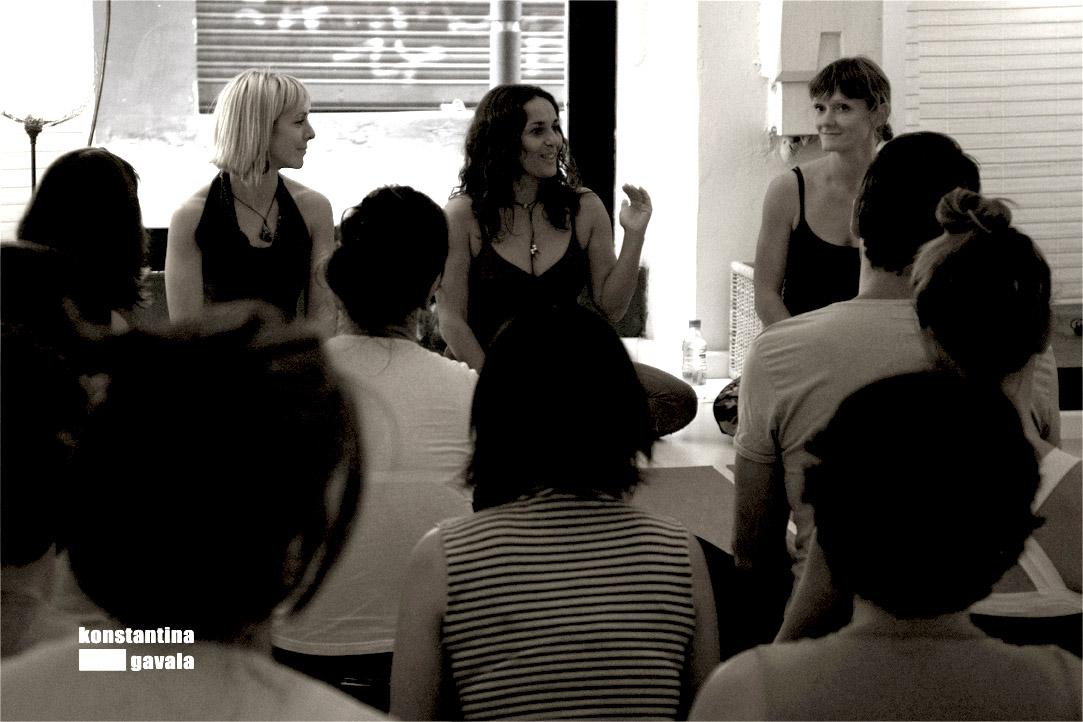 Metodología de Anusara yoga y Co-Tutoría
